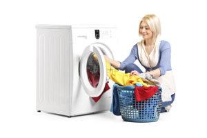 Quando fare la lavatrice per risparmiare corrente