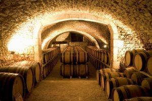 Come aprire una cantina vinicola